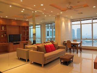 TheRiverSideBangkok 1/2BR cool romantic river view - Bangkok vacation rentals