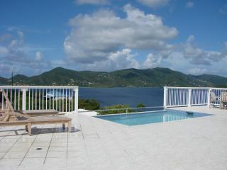 Spacious Deck with Inviting Pool - POINTS OF VIEW  *A QUIET & SAFE & PRIVATE LOCATION - Coral Bay - rentals