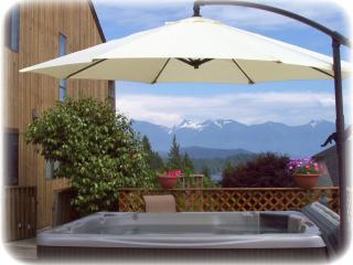 Relax in our Hot Tub - Arcturus Retreat B&B - Gibsons - rentals