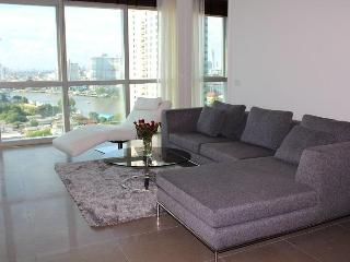 TheRiverSideBangkok - the new RIVER condo - 2/3BR - Bangkok vacation rentals