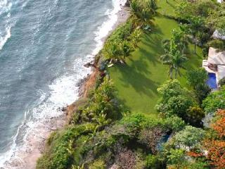 Oceanfront Diosa del Mar, impressive décor, 60 ft pool and maid service - Guanacaste vacation rentals