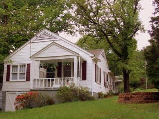 Restored 1930s Cottage Near Historic Downtown - Hot Springs vacation rentals
