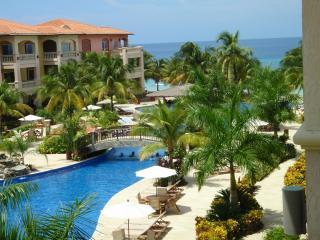 INFINITY BAY VILLA  **Awarded TripAdvisor's TOP VACATION RENTAL for 2011/12/13** - West Bay vacation rentals