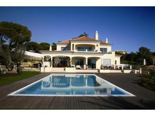 DDBC - Luxury 5 Bedroom Villa - Faro vacation rentals