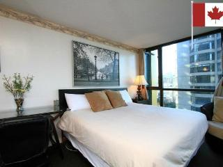 Private Executive Condo in Coal Harbour! - Vancouver vacation rentals