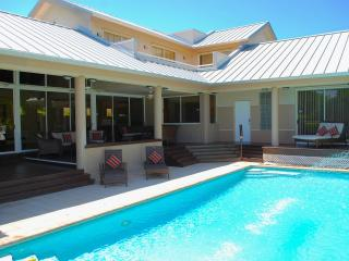 Casa Shores 5 Star Lux 5BR/4BA Priv Pool Home 1 Blk 2 Priv Bch - Fort Lauderdale vacation rentals