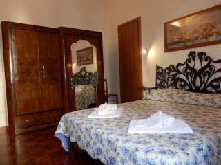 At Rome St.Peters's B&B and Apartment - Rome vacation rentals