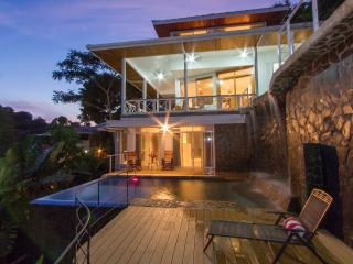 Casa Papillon; sleeps 10 w/apt Unique Private Pool - Manuel Antonio vacation rentals
