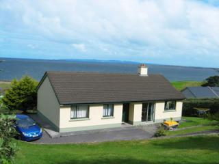 Your home overlooking Irelands longest beaches! - Irish Vacation House on Dingle Peninsula - Dingle - rentals