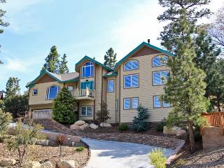 Eagle Flight Retreat - Luxury! Pool Table! Spa! - Big Bear and Inland Empire vacation rentals