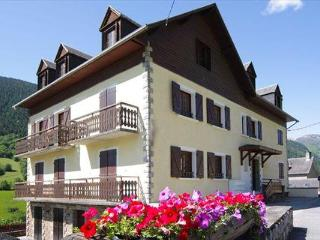 Apartment No 6, l'Esquerade, Midi Pyrenees - Bagneres De Luchon vacation rentals