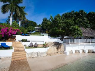 Beautiful villa with private beach and pool - Whitehouse vacation rentals