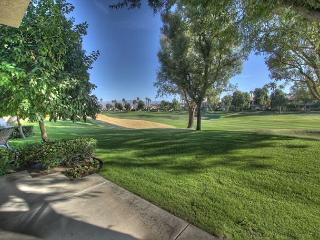 Beautiful 3 bedroom on the golf course at PGA West at 2 bedroom prices - La Quinta vacation rentals