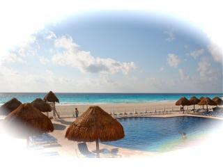 Big Groups Look no Further .....6 to 14 Persons - Cancun vacation rentals