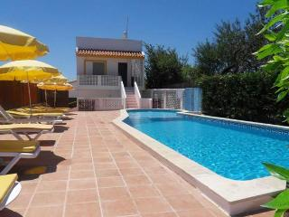 Private villa inside beautiful property, sleeps 8 - Alvor vacation rentals