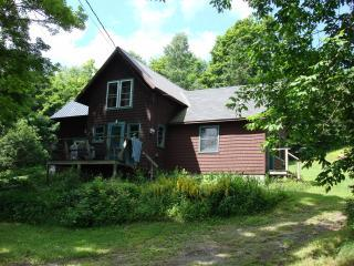 Marguerite\'s House - Rustic Retreat in Vermont's Northeast Kingdom - Albany - rentals