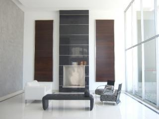 Brand new, ultra-luxurious apartment in Av. Larco! - Peru vacation rentals