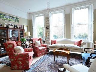 Stunning four storey home in West Kensington - London vacation rentals