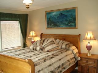 Chilliwack B&B: 2Bedrooms, 1Bath, and living/dining room - Chilliwack vacation rentals