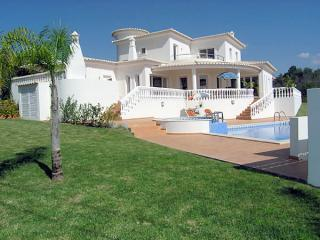 Casa Campina 4 Bed 4 Bath Private Pool A/C - Carvoeiro vacation rentals