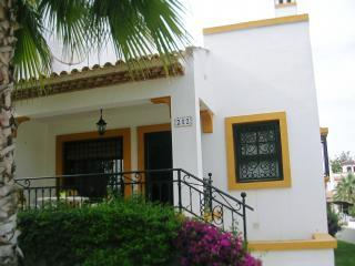 3 bedroom Villa in Villamartin, Costa Blanca - Villamartin vacation rentals