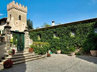 Beautifully restored 16th century Villa di Montelopio with cook and maid service - Pisa vacation rentals