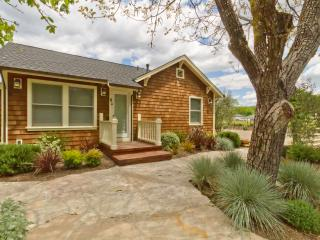 Sonoma Farmhouse - Country (Kenwood, California) - California Wine Country vacation rentals