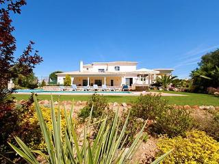 5 Bed 4 bath Luxury Villa Heated  Pool A/C Wi Fi - Carvoeiro vacation rentals