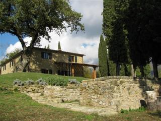 Charming Farmhouse in Tuscany with Pool and Close to Town - Villa Verde - Falciano vacation rentals