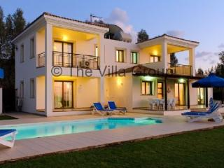 Lovely House in Argaka (Villa 382) - Paphos vacation rentals