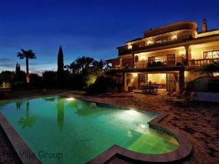 Gorgeous House with 5 Bedroom/3 Bathroom in Loule (Villa 4591) - Loule vacation rentals