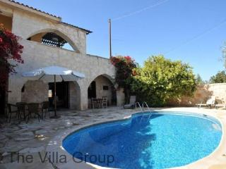 Lovely House with 3 Bedroom & 1 Bathroom in Paphos (Villa 464) - Neo Chorion vacation rentals