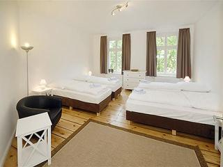 Albeniz - Family Plus Apartment Prenzlauer Berg - Berlin vacation rentals