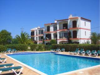Main - new pool pic - Lagos Apartment + Pool, Nr Marina + WIFI - Lagoa - rentals