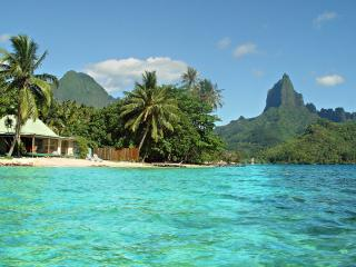 Robinson's Cove Beach Villas - Moorea - French Polynesia vacation rentals