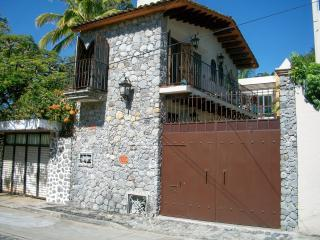Small, charming, affordable One Bedroom House - Central Mexico and Gulf Coast vacation rentals