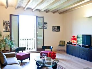 Pillowapartments Luxury Borne Apartment - Barcelona vacation rentals