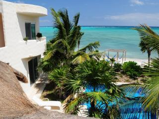 Soliman Bay & Guest Casita - Villa Dolce Vita. A Luxury Beachfront B&B - Tulum - rentals