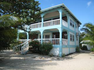 Beachfront Suite - Beachfront Suites - Placencia - rentals
