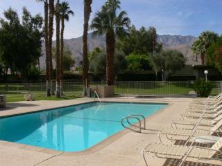 Contemporary Masterpiece! * Luxury Accomodations* - Palm Springs vacation rentals