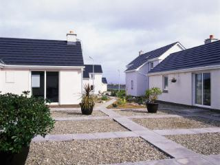 Ballyconneely Holiday Cottages - Conservatory - Connemara vacation rentals