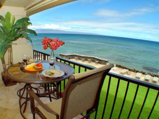 Direct Oceanfront! Free Sunsets! Summer Special! - Lahaina vacation rentals