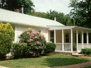 Quiet and Private in Heart of East Hampton Village - East Hampton vacation rentals
