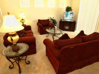 TH4P1039THB Cozy 4 Bedroom Pool Home Great for Holidays - Davenport vacation rentals