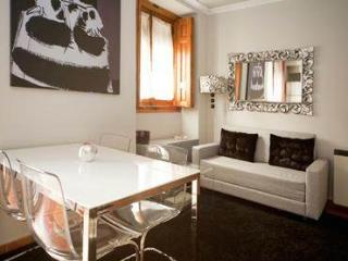 Close Museums Sunny Madrid Duplex Moratin - World vacation rentals