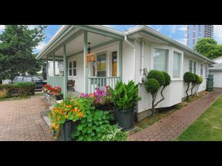 320x240 cottage - Harborwalk Suite -best  downtown Victoria location - Victoria - rentals