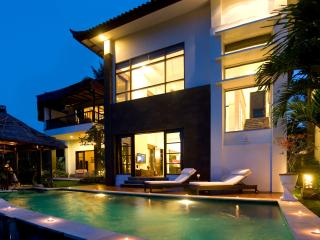 Mandalay Hideaway - TripAdvisor Award Winner 2013! - Canggu vacation rentals