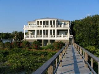 Edisto Sunset - Beach Front Showplace For Large Group - Edisto Beach vacation rentals