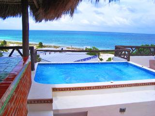 2 BR condo Spets from the beach Puerto Morelos - Puerto Morelos vacation rentals
