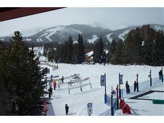 Magnificent Living Room View - Awesome 3 Bedroom Unit, Only Steps to the Ski Lift - Breckenridge - rentals